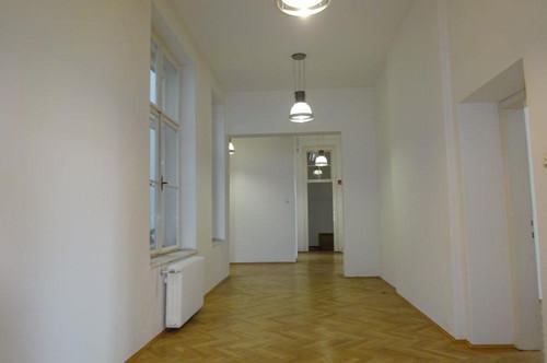 Wunderschöne Gewerbefläche in Grazer Bestlage - direkt am Joanneumring in der Grazer Innenstadt