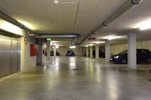 Doppel-KFZ-Tiefgaragen-Abstellplatz in der Elisabethinergasse zu verkaufen