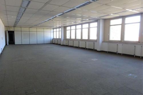 1. Monat mietfrei - Großzügige, lichtdurchflutete Bürofläche in zentraler und frequentierter Lage im Grazer Bezirk Puntigam