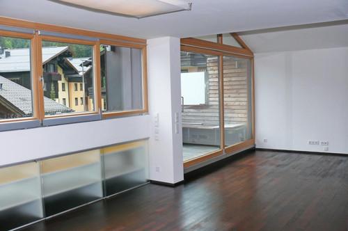 Fürstenbrunn - Großzügige 3 Zi. Wohnung mit Terrasse und Balkon