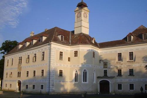 Entspanntes Wohnen im Schloss