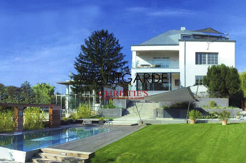 Luxusvilla in Top Grünruhelage