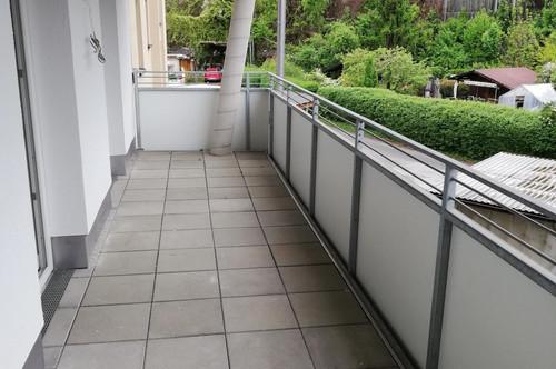 Studenten aufgepasst: schöne Neubau - Wohnung mit 12 m² Balkon!