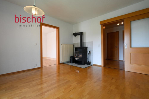 Schöne 4-Zimmer Eigentumswohnung zu verkaufen