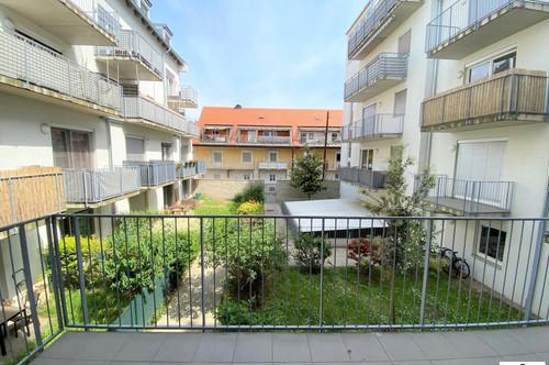 Pärchenhit - Große 2 Zimmerwohnung - mit Balkon - TG Platz // NÄHE GKK