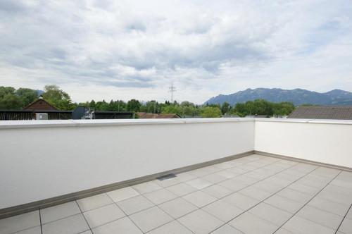 PROVISIONSFREI - Große Dachterrasse mit sonniger Wohnung