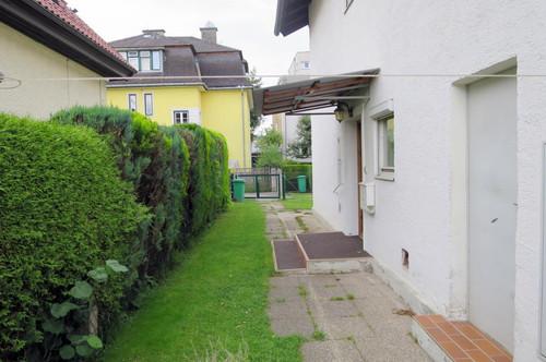 Zentrale Wohnoase mit Garten!