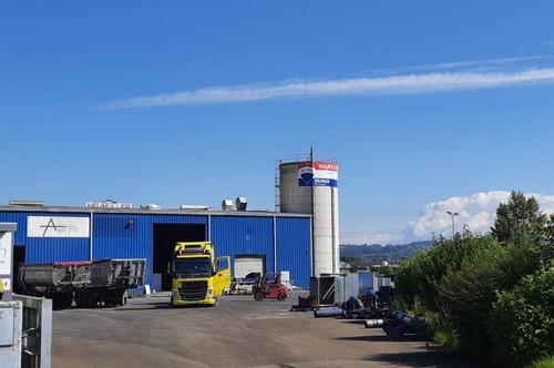 Startbereit Preiswerte Betriebsanlage mit LKW Brückenmwaage uvam.