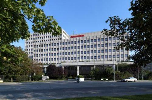 Generalsanierter Büroneubau am Schweizergarten