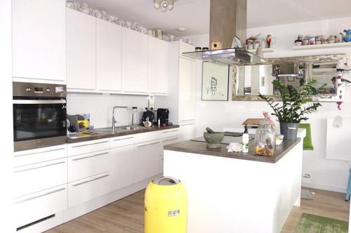 Exklusive Doppelhaushälfte mit moderner Ausstattung!