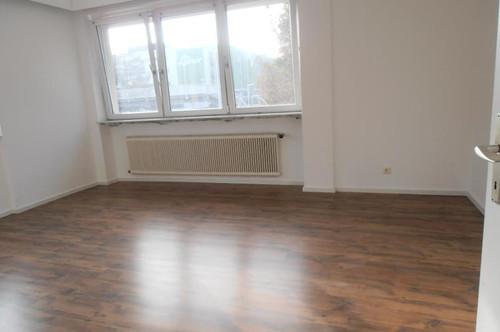 Helle , schöne 3 Zi.- Wohnungen, 84 m² WNfl., in Steyr / Tabor, WG geeignet, 1. OG, beste Infrastruktur!