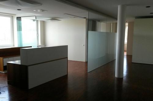Salzburg Maxglan - Moderne Büro/Ordinationsfläche zu vermieten