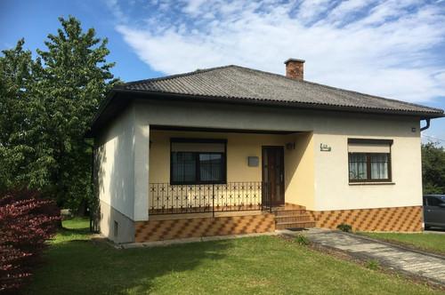 Gepflegtes Einfamilienhaus mit 2 Schlafzimmer