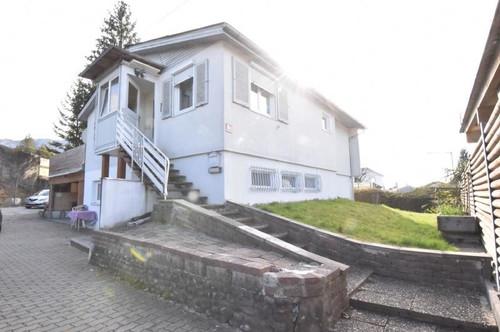 Dornbirn: Haus mit 2 separaten Wohneinheiten und großer Garage für Bastler zu kaufen