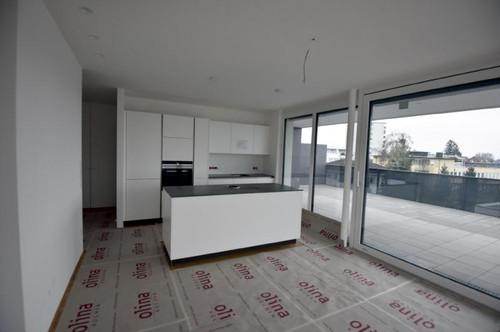 Exklusive Penthousewohnung mit Sonnenterrasse im Herzen von Lustenau zu vermieten!