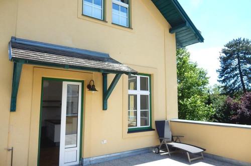 Grün-Ruhelage im wunderschönen Altbau mit Sonnen-Terrasse