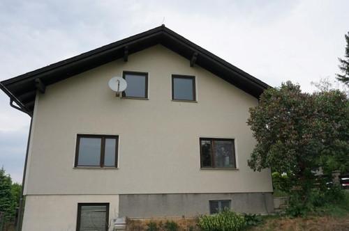 Großzügiges Einfamilienhaus vollunterkellert und mit Garage in Hochwolkersdorf!