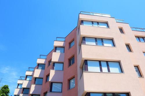 Terrasse + neu saniert, 2,5 Zimmer