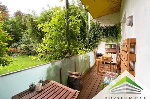 Altbauflair trifft auf moderne Ausstattung: City Wohnung mit Küche und Innenhof-Terrasse