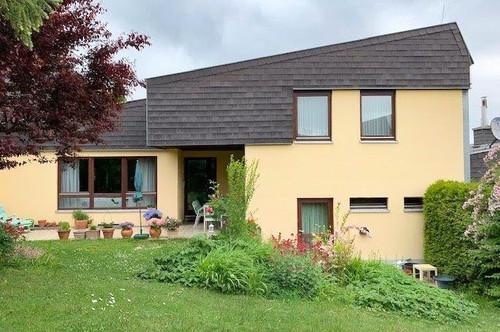 Ein traumhaftes Haus zum Relaxen/ Berndorf Stadt