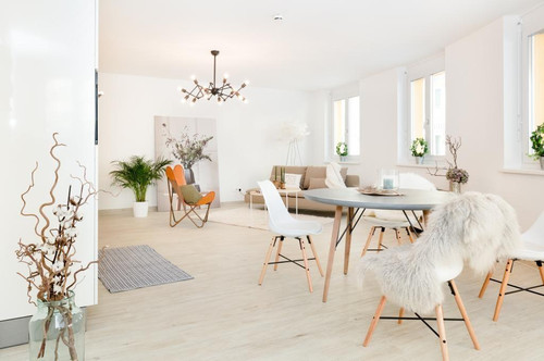 2 Zimmer-Apartment mit Outdoor-Pool nahe Prater - unmöbliert