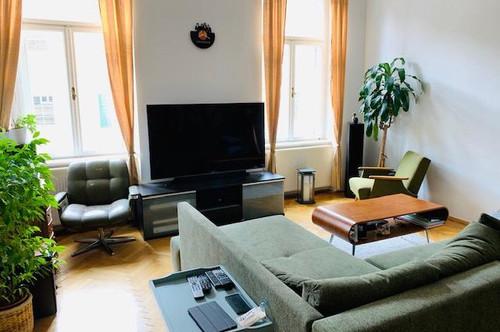 Wunderschöne 2 Zimmer Wohnung mit Balkon direkt bei KF Uni! Frei ab 1.8.2020!