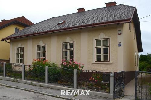 Renovierungsbedürftiges Haus mit schönem Garten!