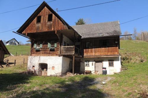 Sanierungsbedürftiges Bauernhaus zum TOP Preis!!