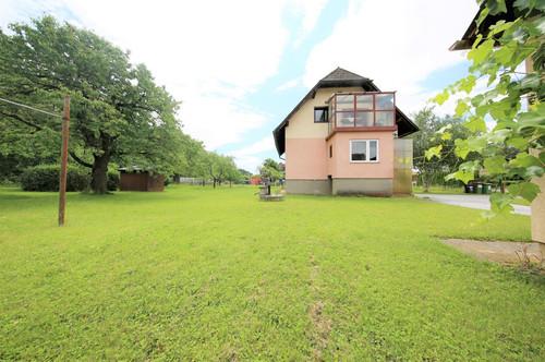 8570: Einfamilienhaus mit 1600 m² Garten in Bärnbach!