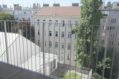 3 Zimmer Dachgeschoß in 1050 Wien - um 1.197.--