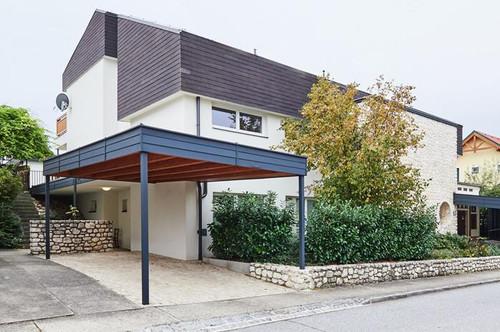 Bauhausstil: Villa mit Einliegerwohnung
