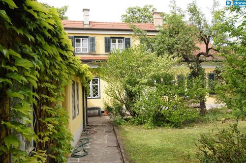 2700 Wiener Neustadt Repräsentatives Biedermeierhaus mit Garten im Herzen von Wiener Neustadt