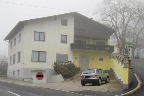 Pension im Ortszentrum mit Burgblick