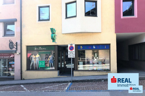 Großes Geschäftslokal/Büro in Jenbach Zentrum zur Miete