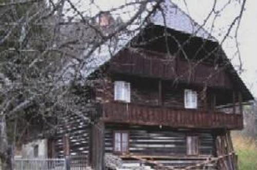 Alter Bauernhof in ALLEIN UND RUHELAGE in 1000 m Seehöhe