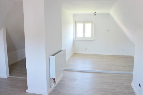 Nähe Kärntnerstraße - 83 m², einzeln begehbare 3- Zimmer Wohnung, Balkon