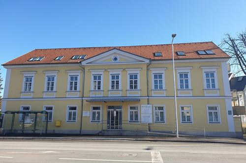 Mariatroster Strasse 28/17 – Helle Maisonettenwohnung mit Balkon zu verkaufen - Für Anleger und Eigenbedarf