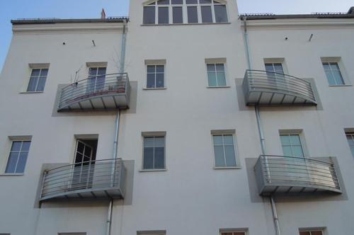 Erstbezug nach Sanierung - Helle 2-Zimmer-Wohnung mit Dachterrasse - verfügbar ab 15. September 2020!