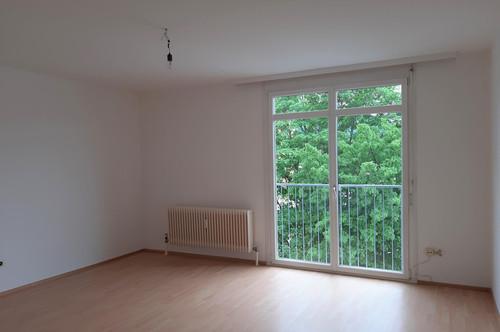 Helle Singlewohnung mit franz.Balkon und PP