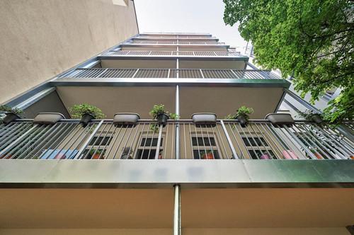 ERSTBEZUG: Altbauwohnung mit Balkon in Top-Ruhelage!