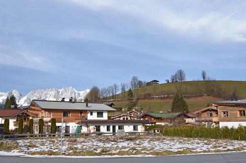Sonniges, zentrales Grundstück mit Bebauungsplan