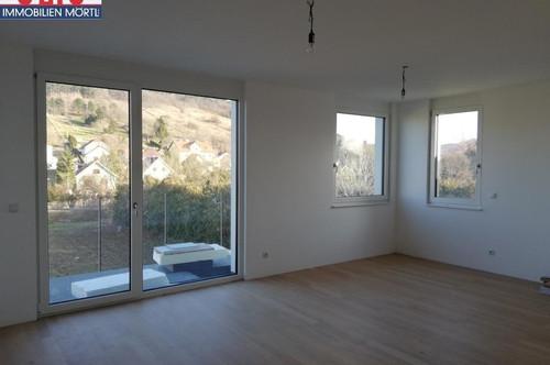 Schöne 3 Zimmer Wohnung - Erstbezug mit Balkon und Loggia