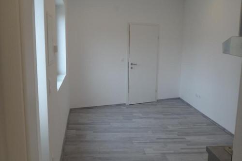 Frauenkirchen,perfekter Pärchenerstbezug,€ 330.-2 Zimmer