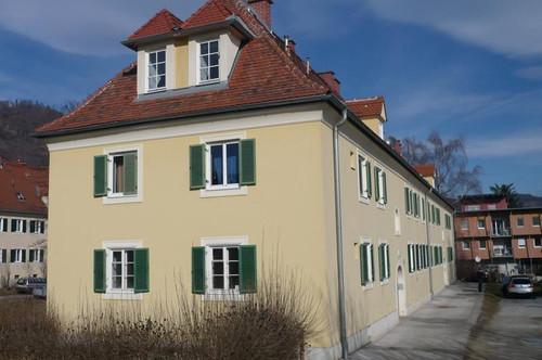 Helle Dachgeschosswohnung. Der Erwerb der Wohnung ist auch möglich!