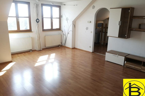 13717 Tolle Zweizimmer-Wohnung