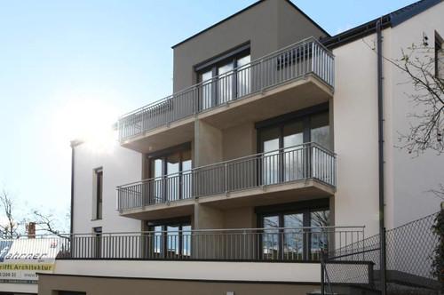 Helle Dachgeschosswohnung inkl. Einbauküche und Balkon - Linz/Urfahr - Top 05