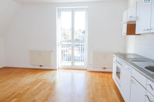TOP SANIERT! Schöne 2-Zimmerwohnung in Leonhard nahe Schillerplatz