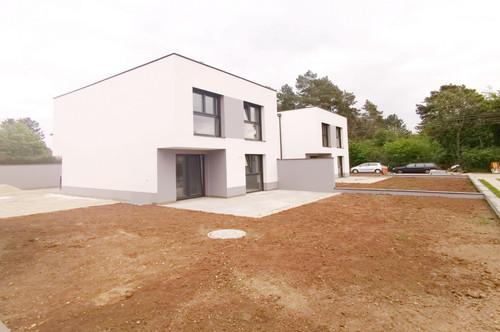 Gärtnerglück im neuen Garten:Einfamilienhaus - Höchste Qualität Baumeister- -ca. 137 m² WNFl.