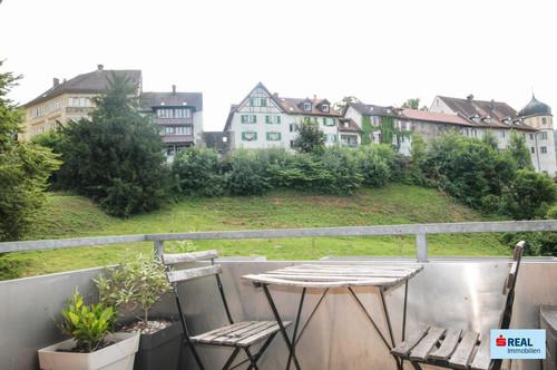 Großzügige 2,5-Zimmer-Mietwohnung mit Balkon und Traumaussicht