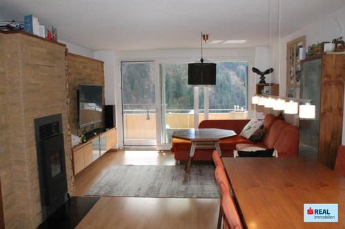 Edle 3-Zi-Wohnung mit Panorama-Ausblick!